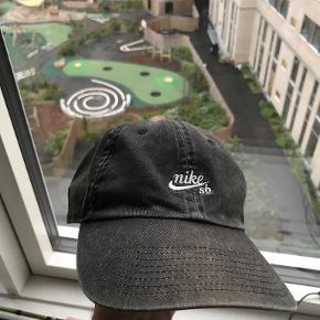 Nike Sb Hue & hat
