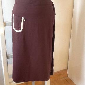 Smuk slåom nederdel