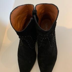Via Vai støvler sælges, brugt en gang. Bytter ikke