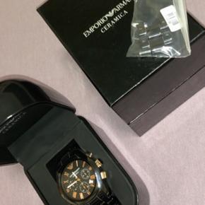 Armani ur sælges, ekstra led haves. Næsten ikke brugt