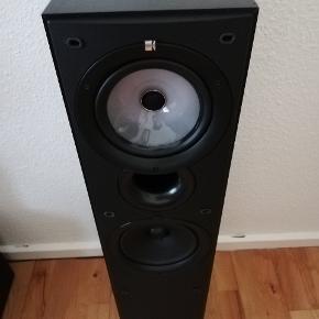 Lækker højtaler fra kef sælges de er i god stand og fungerer rigtig godt hvis det er noget så smid en besked på 71752194