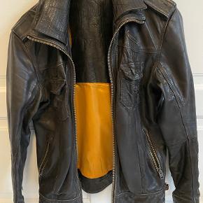 Superdry skind- & læderjakke