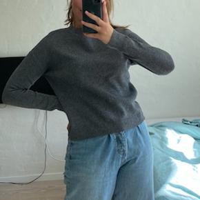 Fin sweater :) #Secondchancesummer