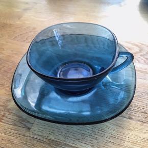 Fine kaffekopper med lidt ridser