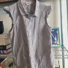Sød stribet skjorte uden ærmer