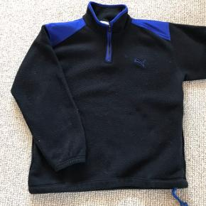 Retro PUMA fleece i str. Medium.