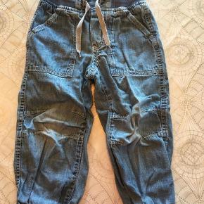 0d4c7602 Brand: Kids by Ellos Varetype: Jeans Farve: Blå Tynd denim kvalitet.  Løstsiddende