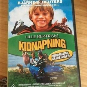 Lille Bertram kidnapning dvd - fast pris -køb 4 annoncer og den billigste er gratis - kan afhentes på Mimersgade 111 - sender gerne hvis du betaler Porto - mødes ikke andre steder - bytter ikke