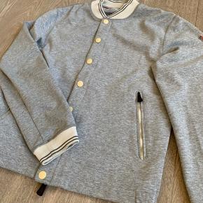 Moncler grenoble jakke str 4