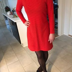 VRS kjole eller nederdel