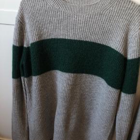 Brugt få gange. Fejler ingenting og er en rigtig god sweater, sælger den da jeg ikke får den brugt.   Sælger denne til 299kr inklusiv fragt i dag BYD gerne ❤️❤️