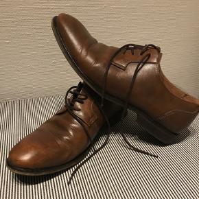 Cognac farvet Pæne sko fra selected str 43, brugt 1 gang