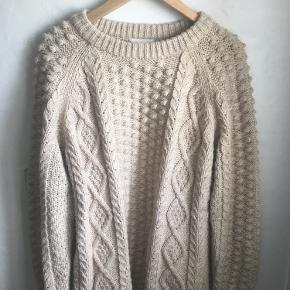 Lækker sweater fra H&M i beige 💛Str. small