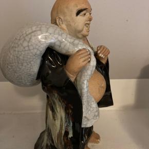 Gammel porcelæns Buddha figur. Ca. 20 cm høj