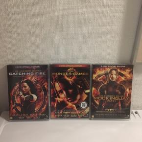 """De tre første film ud af fire i """"The Hunger Games""""  - 30kr pr stk eller 85kr samlet."""