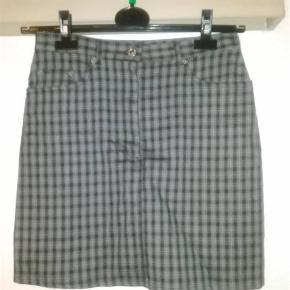 Benetton nederdel