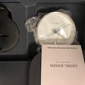 Ur og Chronometer fra Georg Jensen. Fået i gave og fik aldrig byttet - aldrig brugt.