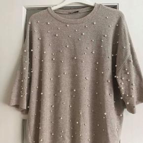 Zara sweater/t-shirt med perler 😁