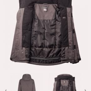Nanok nyt skisæt hvor jakken er brugt 1 gang Nypris 2200 Se billeder for beskrivelse
