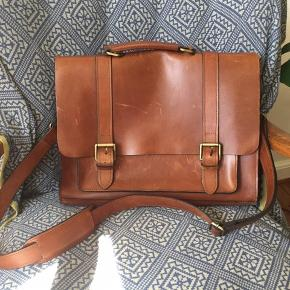 Leather bag with great build quality. Used a few times only.  29x39 cm (+-2cm)