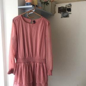 Fin kjole. Har ingen tegn på slid 💕