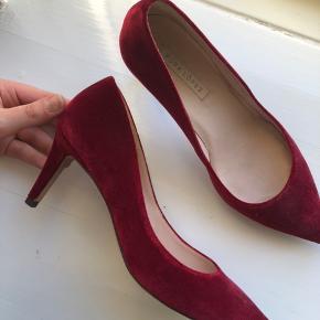 Velour røde stilletter #30dayssellout