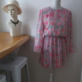 Omsyet vintage kjole kr 50