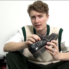 Friske DMs Fulmar i str 42EU Cond 7-8 Skoen er gået til så man ikke behøver at få ondt i fusserne for at gå med dem:) Magnus Ronning recommended👌🏼