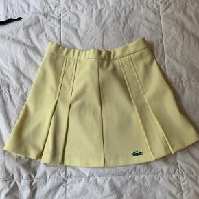 LACOSTE nederdel