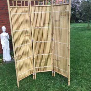 Til hus elle have - Fin rumskiller i bambus, helt som ny