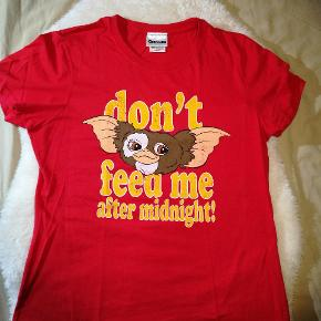 Sjov t-shirt med Gremlins😊