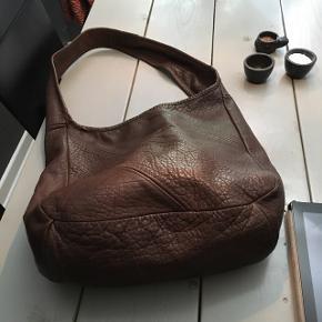 Fed taske brun 👜