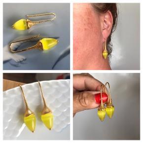 Unikke trompet ørekroge med smukke gule catseye perler   Prisen et fast