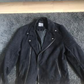 ASOS skind- & læderjakke