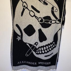 Alexander McQueen tørklæde