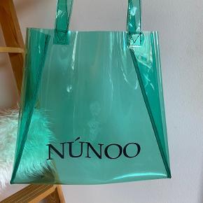 Nunoo Taske