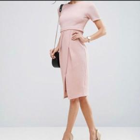 Fin lyserød/rosa kjole