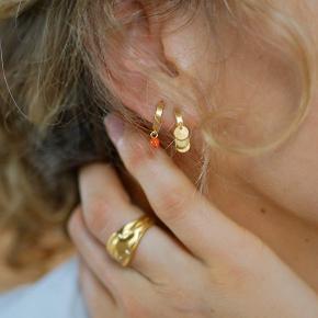 Øreringe fra enamel