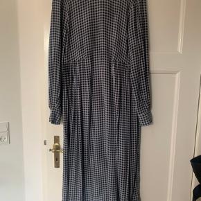 Smuk kjole fra Ganni fra sommeren 2020