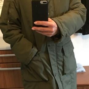 Super skøn og varm vinter jakke  Str L