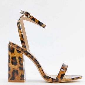 Fineste leopard hæle fra Asos, de har aldrig været brugt - kun prøvet på♡