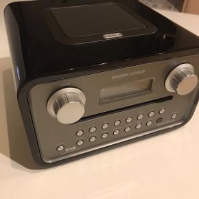 Det er Vintage Style Mærket er Tangent cinque CD, DAB og FM radio Kan sendes eller afhentes i Viby J, Aarhus Er knapt brugt, men bare stået til pynt