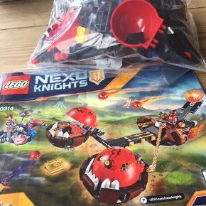 LEGO nexo knigths 70314 Der mangler en af hver af de viste på billede to, ellers komplet...