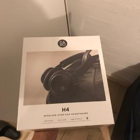 B&o h4 Stadig med plastik på