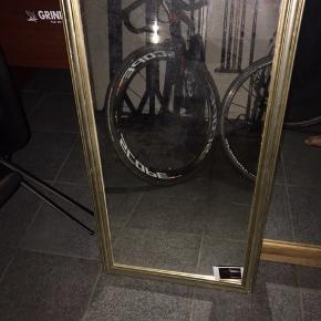✨ Gammelt antik spejl i rigtig fin stand  - bredde: 46,5 cm, højde: 86 cm  - Kan aftens i Aarhus C ved køb