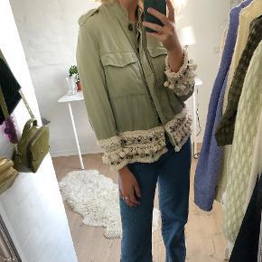 Sød lysegrøn jakke/skjorte fra Zara🌸