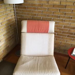 Kludestol. Betrækket er slidt og kunne godt trænge til en ombetrækning.