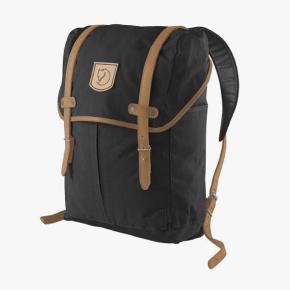 Jeg sælger min Fjällräven rygsæk, da jeg er interesseret i en anden model. Denne har været brugt et års tid i gymnasiet, og fejler derfor ingenting. Jeg har mulighed for at sende billeder af min egen senere på måneden, i fald at nogen er interesseret.