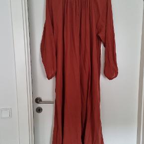 Moshi Moshi Mind kjole