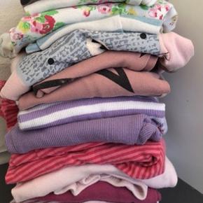 Nattøj str 86 eller svarende dertil 4 name it dragter 6 sæt nattøj med bukser og bluser  2 par ekstra bukser